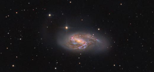 Messier 66, a color view