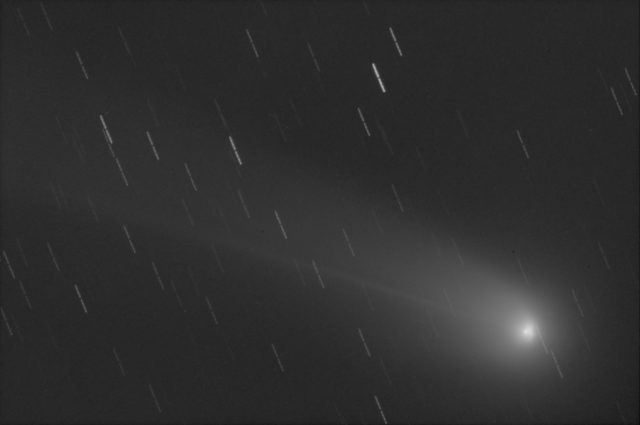 Comet C/2013 R1 Lovejoy: 05 Dec. 2013