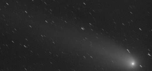 Comet C/2013 R1 Lovejoy: 01 Jan. 2014