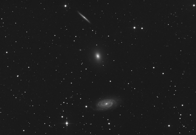 NGC 5985, NGC 5982 and  NGC 5981: a galaxy trio
