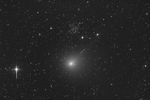 Comet C/2014 E2 Jacques and the open cluster NGC 609: 22 Aug. 2014