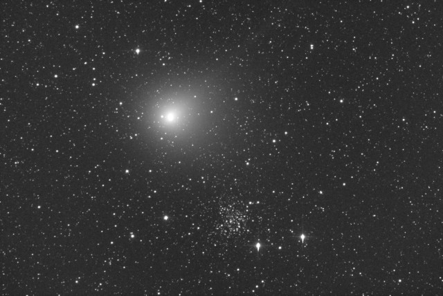 Comet C/2014 E2 Jacques and NGC 609: 23 Aug. 2014