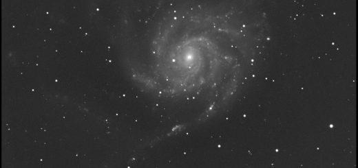Messier 101 and PSN J14021678+5426205: 18 Feb. 2015