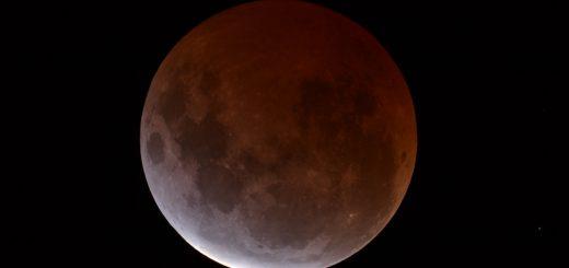 Total Lunar Eclipse 4th April 2015: Central totality (Dean Hooper -Melbourne, Australia)