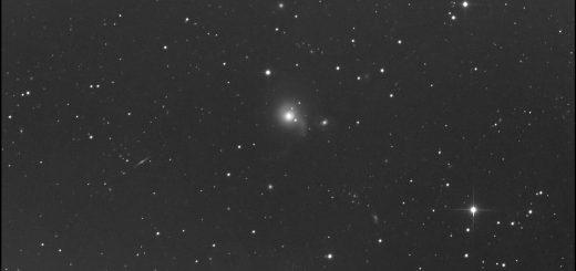Arp 178: NGC 5614 (center of the image) NGC 5613 (right) and NGC 5615 (on NGC 5614's halo): an image (19 May)