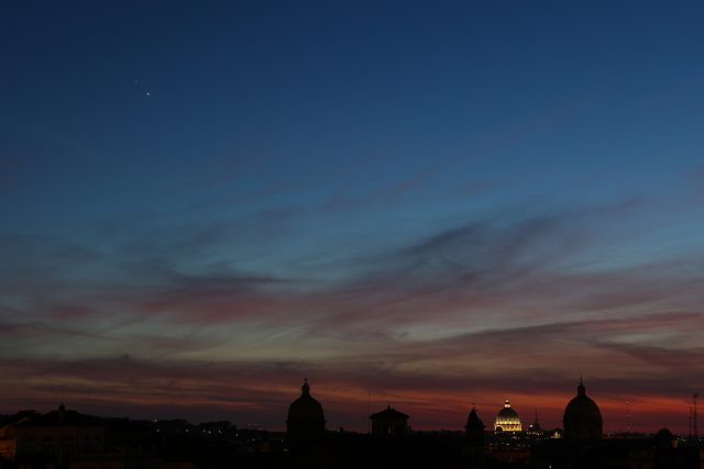 Venus and Jupiter were two gems hanging above the celebrated skyline of Rome: 29 June 2015
