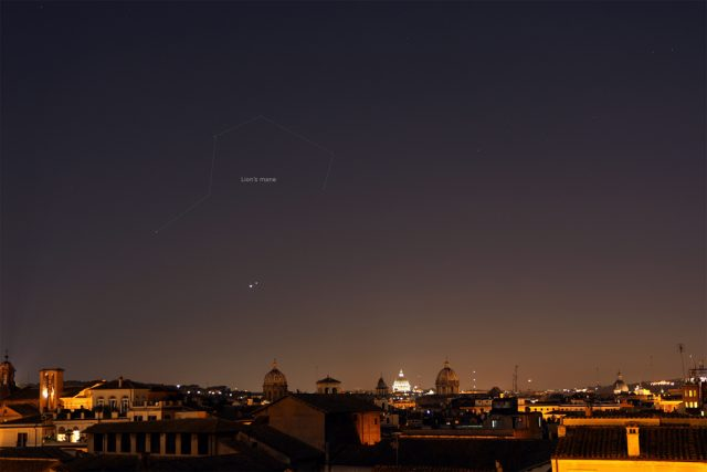 Venus and Jupiter shine in front of the Lion's mane: 01 July 2015