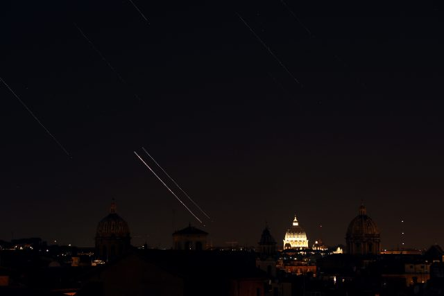 Venus, Jupiter, stars and airplanes are moving above S. Peter, Rome, from Capitoline Hill: 1 July 2015