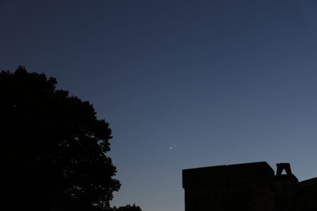 Venus and Jupiter from Villa Torlonia in Rome: 01 July 2015