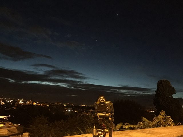 The Canon Eos 7D mark II with its Canon EF-S 17-55mm f/2.8:the Moon, Venus, Jupiter and Mars are shining