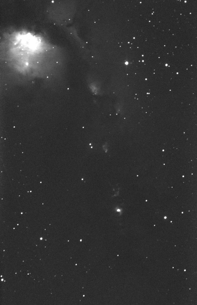 The McNeil nebula and the associated V1647 Ori variable star are shining in good shape, as seen in this image grabbed on 01 Oct. 2016