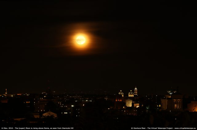 "The Supermoon rises above the east horizon from the Gianicolo hill, in Rome: the ""Altare della Patria"" and the ""Ara Coeli"" are clearly visibile - 15 Nov. 2016"