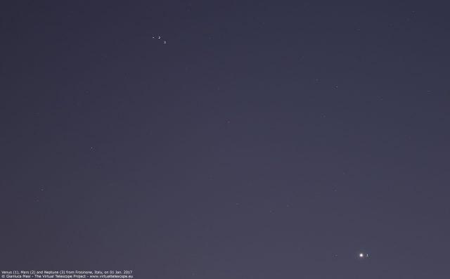 Venus, Mars and Neptune sharing the same spot of the sky. 01 Jan. 2017