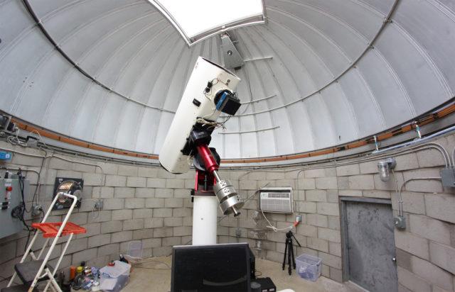 "The Tenagra III (""Pearl"") robotic unit available at Tenagra Observatories"