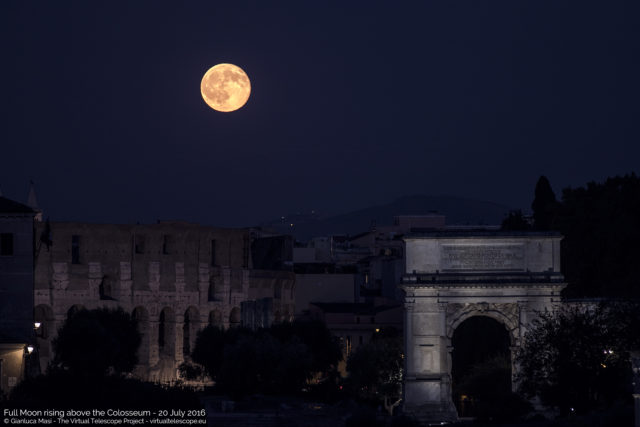 The 20 July 2016 full Moon rises above the Colosseum and Titus' Arch, in Rome - La Luna Piena del 20 luglio 2016 sorge sul Colosseo e sull'Arco di Tito, a Roma.