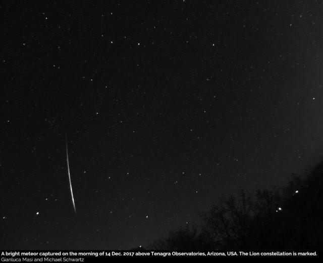 A bright meteor above Tenagra Observatories - 14 Dec. 2017