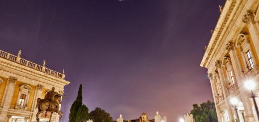 The Iridium 35 satellite shines as bright as mag. -7.5 above Marcus Aurelius statue, in Rome - 21 July 2018