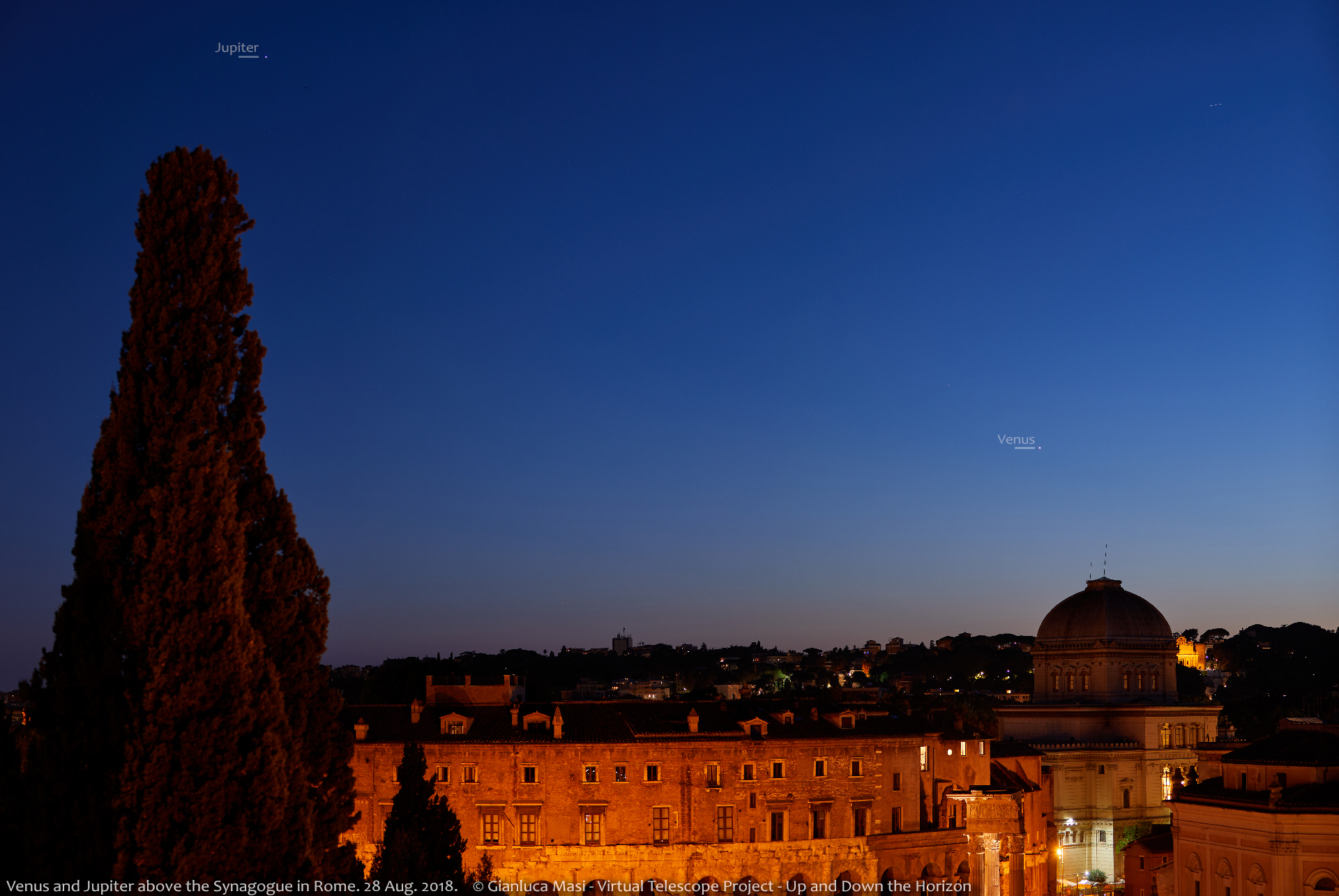 Venus and Jupiter shining above the Synagogue in Rome, at sunset - 28 Aug. 2018