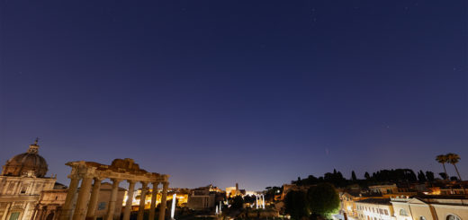 The Iridium 45 satellite flares as bright as mag. -7.5 above the Roman Forum and the Colosseum - 5 Sept. 2018