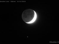 A longer exposure reveals the subtle Earthshine, while Saturn is better visible, too, on the bottom - 11 Nov. 2018