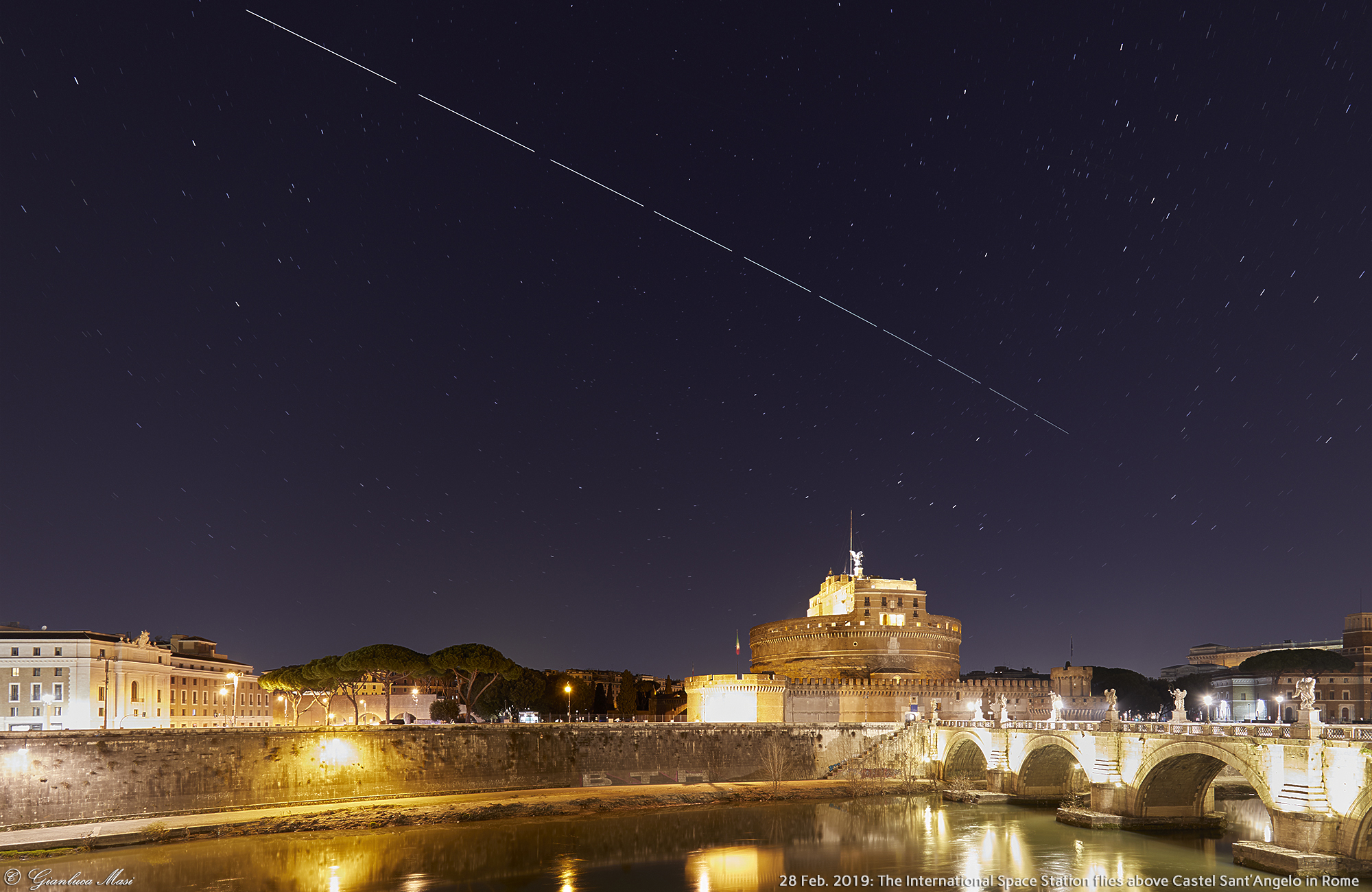 The International Space Station surfs the sky above Castel Sant'Angelo in Rome - 28 Feb. 2019.