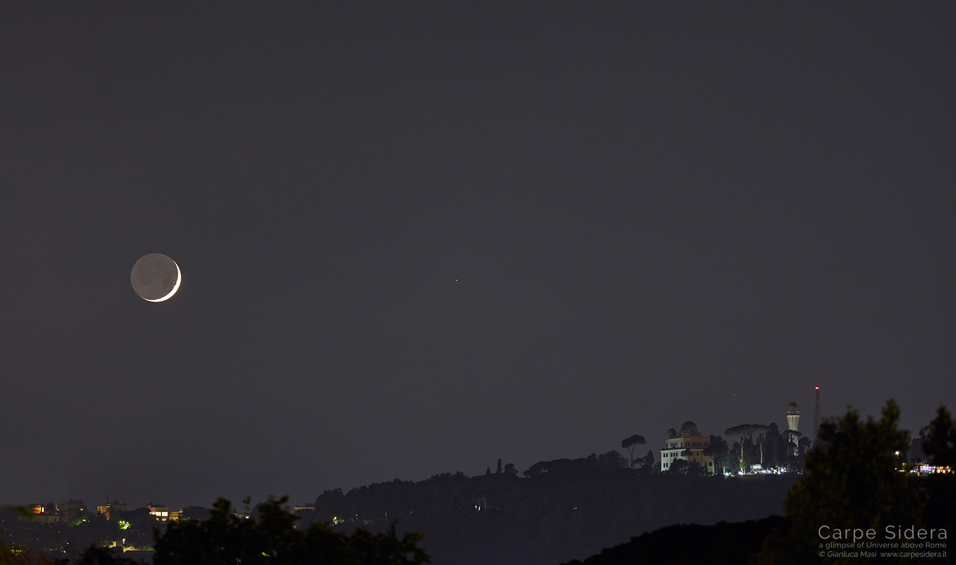 The Moon with its earthsine pairs with Mars while setting beside Monte Mario observatory in Rome - 5 June 2019