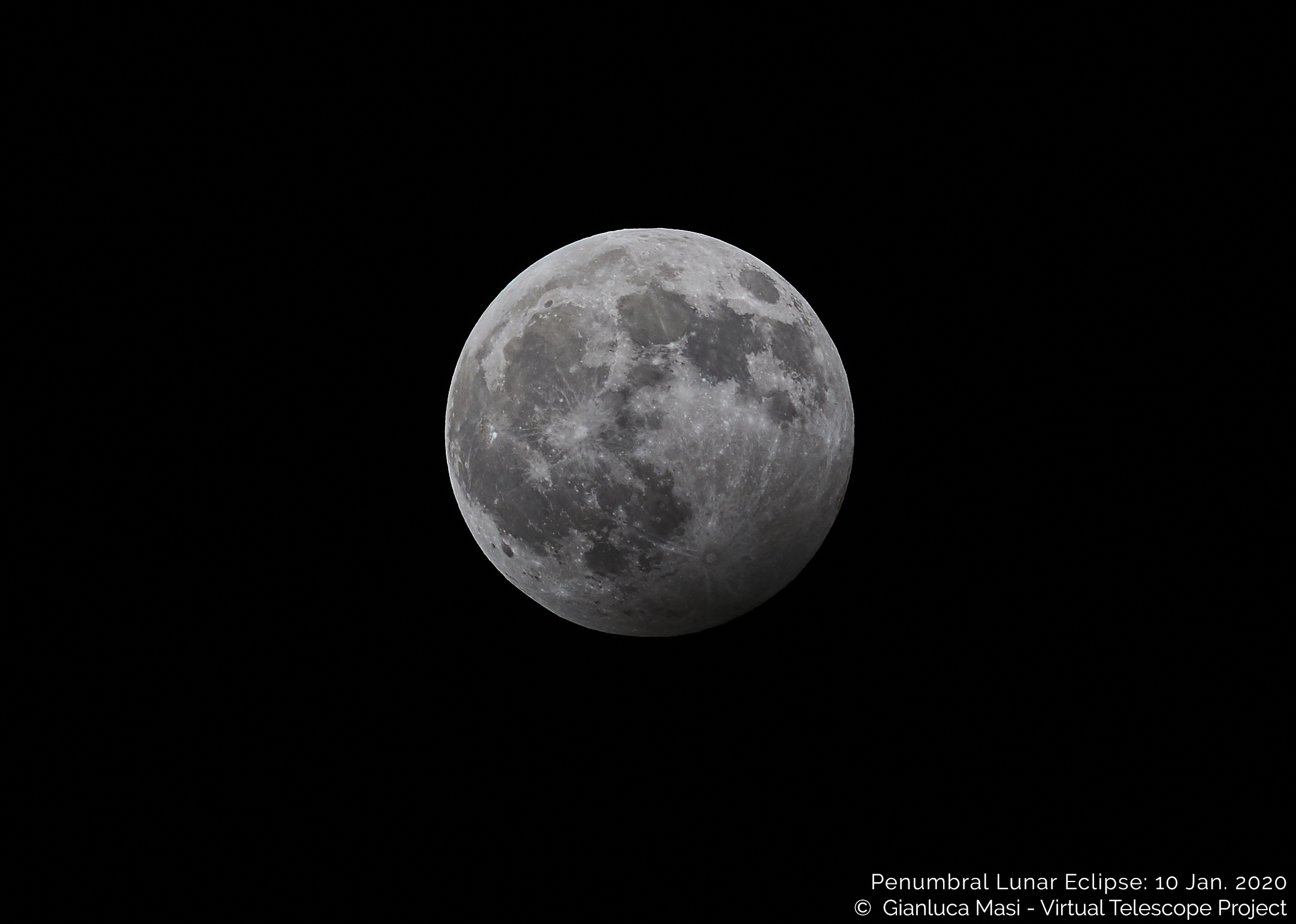 10 Jan. 2020, 19:10 UTC: the maximum of the penumbral eclipse.