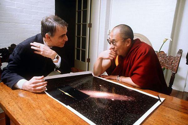 Carl Sagan e il Dalai Lama