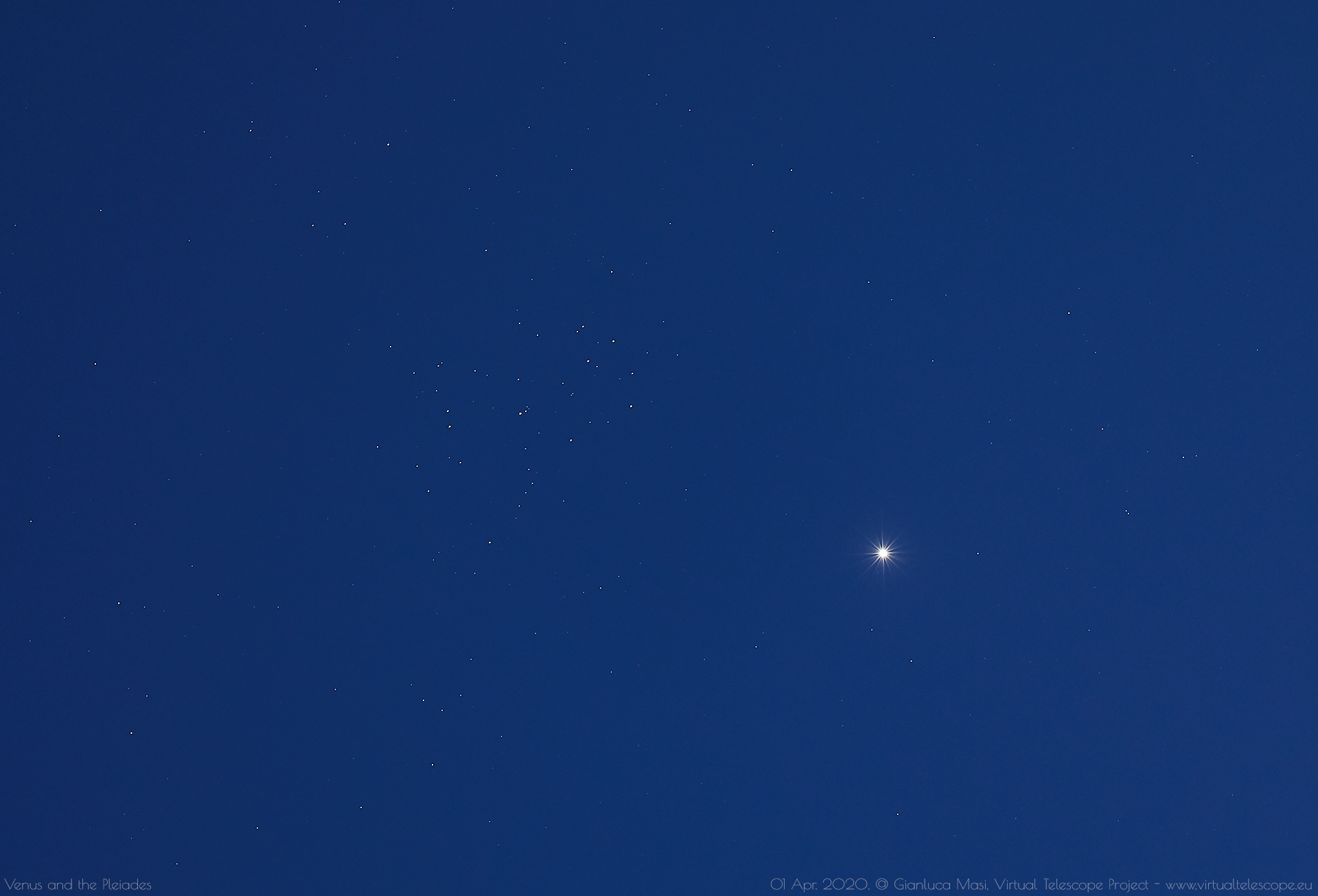 Venus and the Pleiades at dusk, while the sky was still a bit clear. 1 Apr. 2020