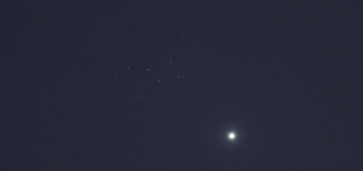 Venus and the Pleiades shine at evening. 1 Apr. 2020