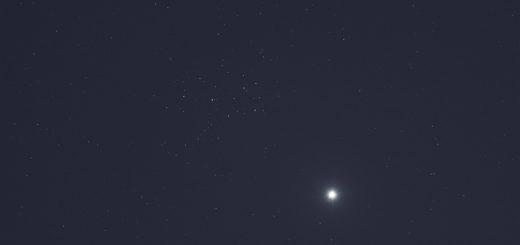 Venus and the Pleiades shine at evening. 1 Apr. 2020
