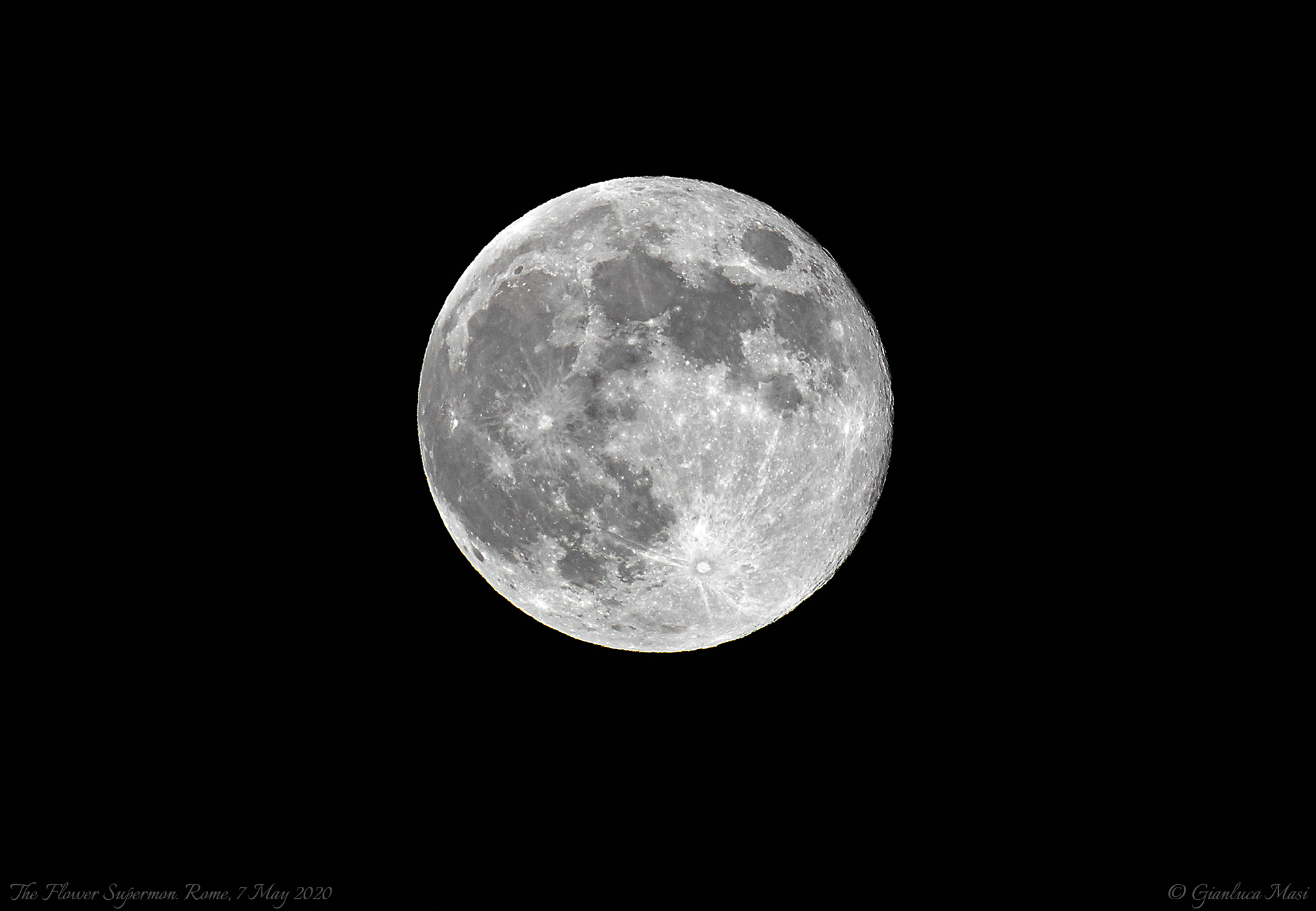 The Flower Supermoon 2020 - Rome, 7 May 2020